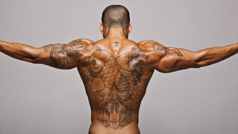 Татуировки – это такие зарубки на жизненном пути