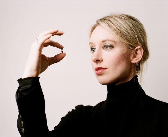 Элизабет Холмс - основатель Theranos, стартапа, обманувшего мир