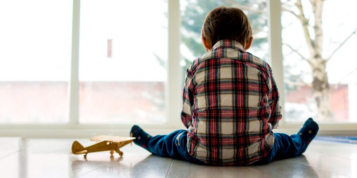 Если мы отмахиваемся от потребностей ребенка – он чувствует себя брошенным